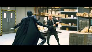 Download KickAss 2010 Big Daddy warehouse shootout fight scene HD 720p 3Gp Mp4