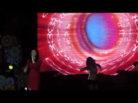 Marian Rivera,Dingdong Dantes and Julie Ann San Jose (Live in Global Village In D ubai)