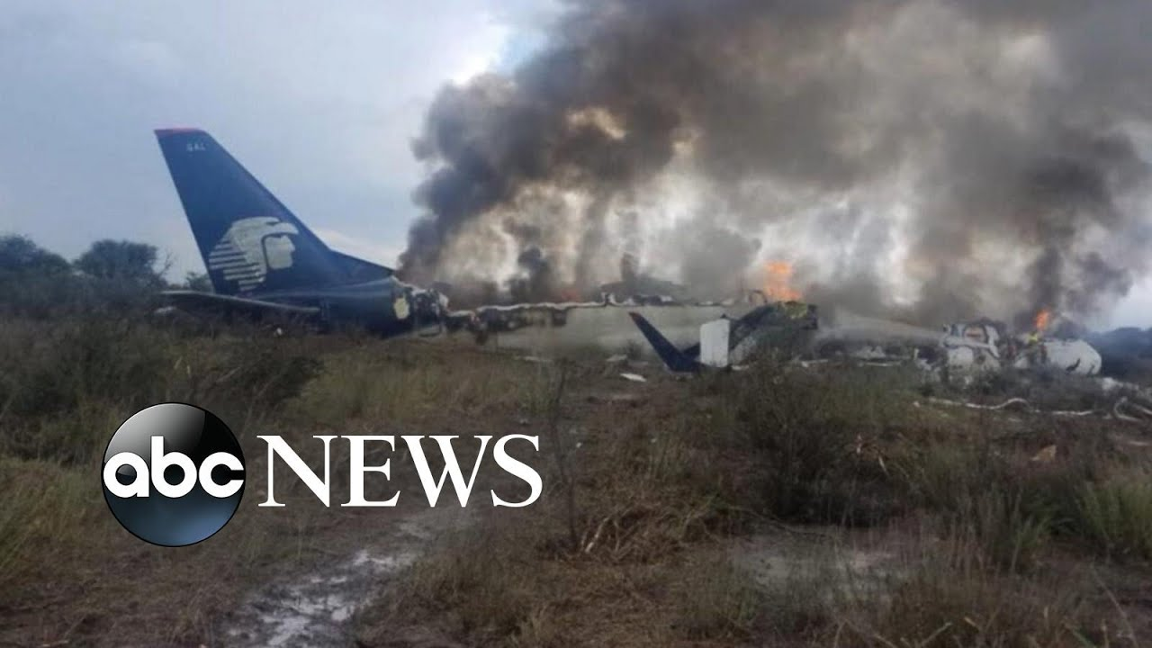 85 injured in Mexico plane crash
