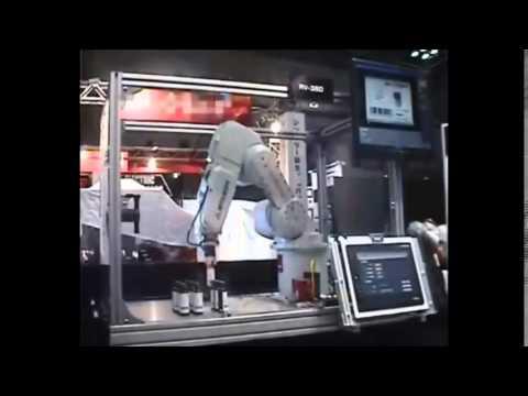 רובוט תעשייתי 8 מבית Mitsubishi Electric