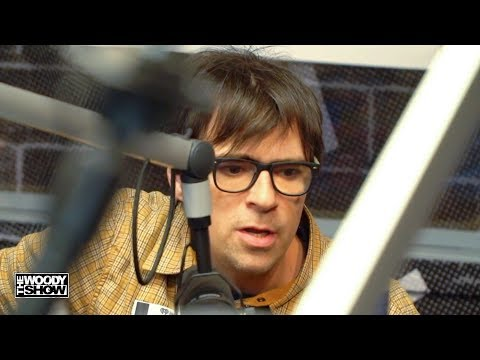 "Download Lagu  Weezer - ""Africa"" Acoustic Performance Mp3 Free"