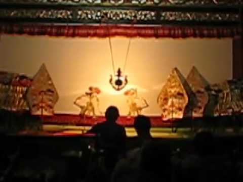 Wayang Kulit Gagrag Ngayogyakarta video