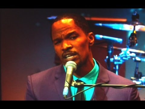 "Play It Again, Jamie Foxx! ( ""Django Unchained""-Star On  Jonathan Ross Show)"