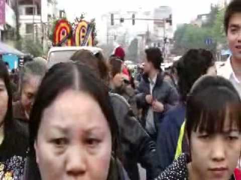 Đám tang ông Trịnh Xuân Tùng, nạn nhân của công an