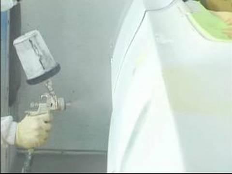 How to Spray Paint Sealer on a Car