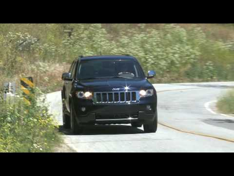 2011 Jeep Grand Cherokee on-road driving