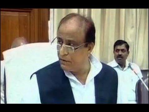 UP minister Azam Khan insults IAS officer
