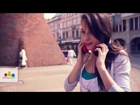Hey you! What song are you listening to? Bydgoszcz, Poland. / Czego słuchają bydgoszczanie