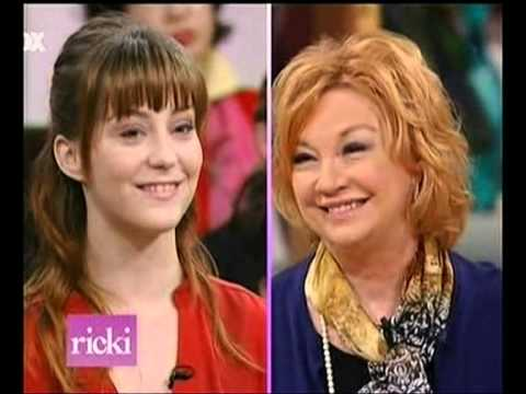 an analysis of the hypnosis of the episode of the ricki lake show 1999, he took over the then little-loved daily show on comedy central, turning it from hit-and- satire to the news- and politics-focused programme it is today.