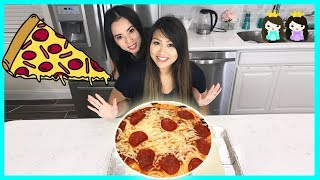 NOT MY ARMS CHALLENGE: DIY GIANT PIZZA with Princess ToysReview