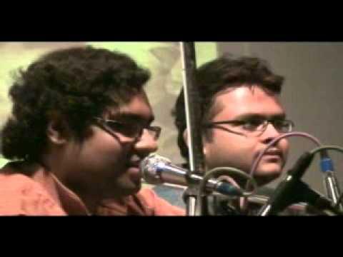 Kaharba Noy Dadra Bajao - Ujaan 2011 (IIT Bombay)