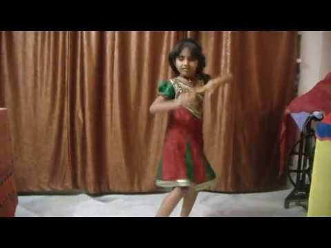 A Talented Kid Dancing For Riva Riva Song From India video