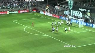 Ronaldinho vs Newell's Old Boys - 10/07/ 2013 - 480p - Roni Tv