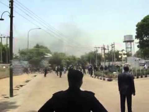 Protesting youths in kano after April 16 presidential election