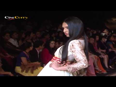 India International Jewellery Week 2012: Anmol Jewellers Fashion Show