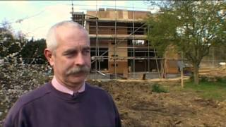 """Grand Designs (S08E08) - """"The Wooden Box: Revisited"""" (Revisited from Series 3: Episode 1)"""