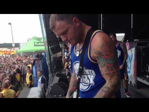 New Found Glory - Truth of My Youth (Warped Buffalo 2012)