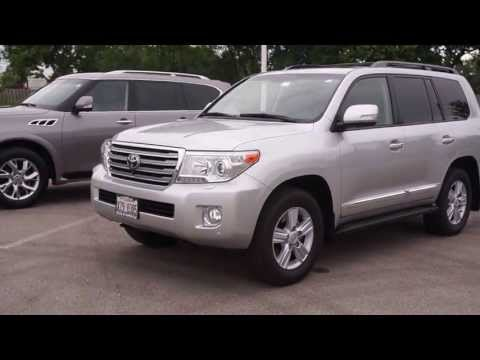 2013 Toyota Landcruiser vs 2013 Infiniti QX 560 vocal video with differences