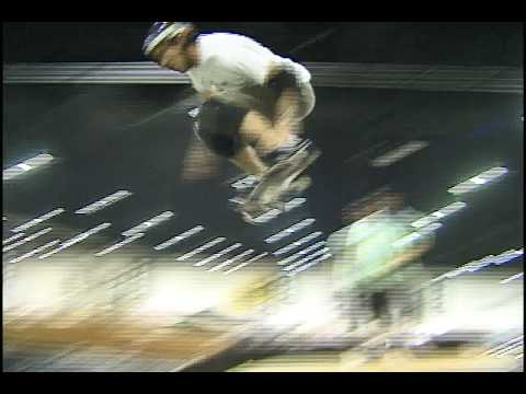 Andy Macdonald mini mega ramp Video