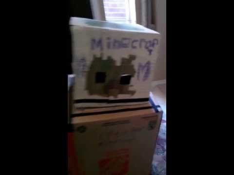 How to make a cardboard minecraft creeper costume