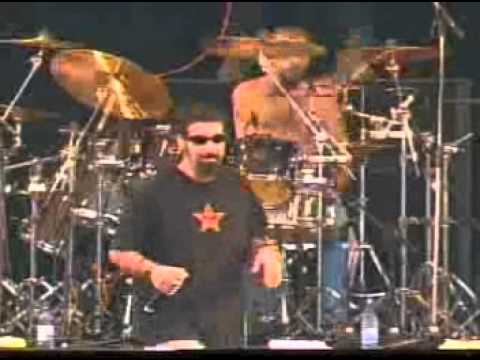 System Of A Down (Live at Reading Festival 2001)