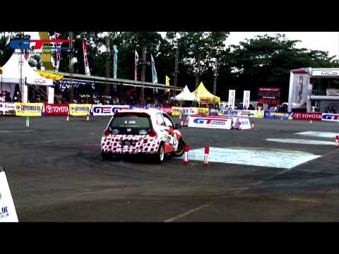 Indonesia Night City Slalom Series 2014 Rd 2 At Lap.kanjuruan, Malang video