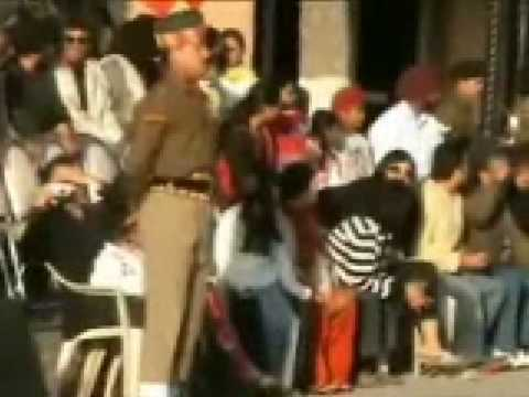 Wagha Border Indian Soldier Slipped Very Funny video