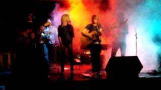 Watch Kasey Chambers Stronger video