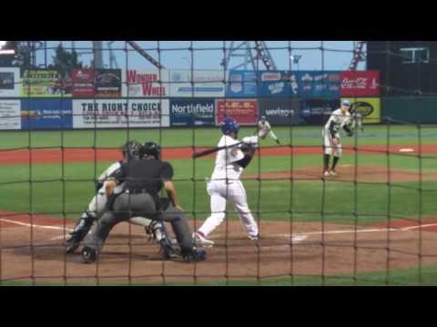 6/27/2016 Brooklyn Cyclones vs Hudson Valley Renegades - Jose Reyes at Bat