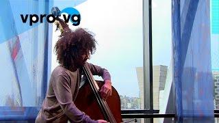 James Oesi – Bach/Bourrées from: Cello Suite no. 4 (live@Bimhuis Amsterdam)