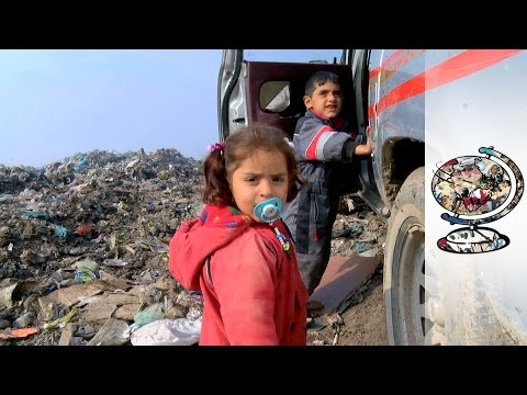 The Kurds Seeking Refuge From ISIS On A Rubbish Dump