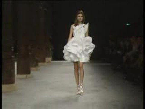 Givenchy Haute Couture S/S 2008 - youtube