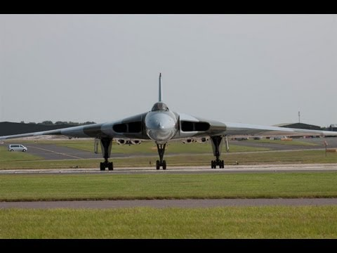 RAF Waddington Airshow 2013 Arrivals Thursday and Friday With ATC Radio Coms HD