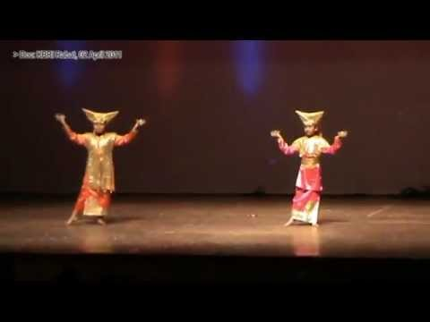 Tari Piring - Festival Anak Internasional 2011 video