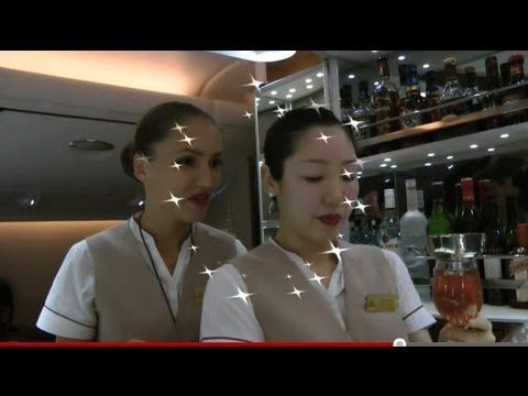 Emirates A380 Business Class Inflight Service and Bar Bangkok-Dubai: Smiles under the Moonlight:)