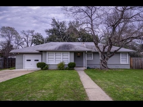 717 Broadmoor, Bryan, TX - home for sale