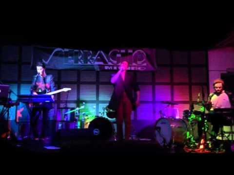 Alessandro Mahmoud DIMENTICA live Serraglio Milano 24/03/2016 - MAHMOOD