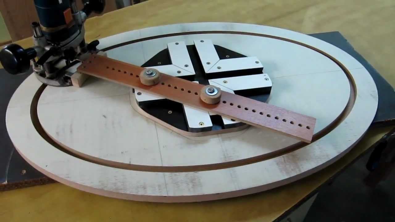 Elipse cutting jig youtube for 10 sanding disc for table saw