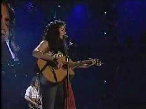 Queen & Katie Melua - Live at 46664
