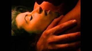 Watch Crvena Jabuka Umrijet Cu Nocas Od Ljepote video