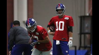 Giants' Eli Manning throws at practice before Eagles game