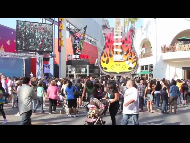 "[OFFICIAL] - ""In The Heights"" Flash Mob for Lin-Manuel Miranda - City Walk - Los Angeles"