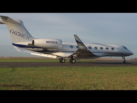 Gulfstream brought their brand new G650ER to Avalon and put it on display for the entire week! I got a item ticked off my bucketlist and that was to get inside this $70million Corporate Jet!...