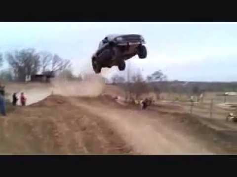 download lagu Ford Raptor Jumps 100 Feet gratis