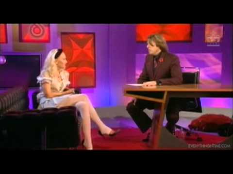 Gwen Stefani - Interview [Johnathan Ross Show 11.06.2004]