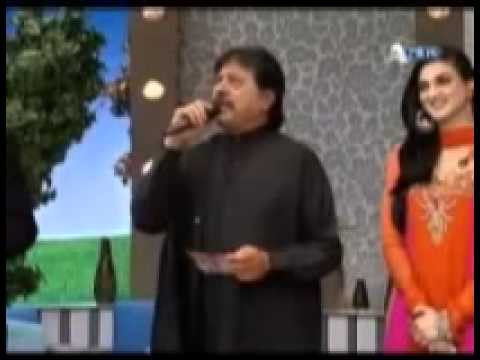 Sadi Zindagi Noon Rog, Attaullah Khan Esakhelvi, Punjabi Seraiki Song In Wedding Mehfil Terrati video