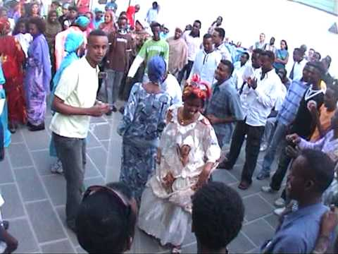 niiko iyo wax daran 01 - somali video