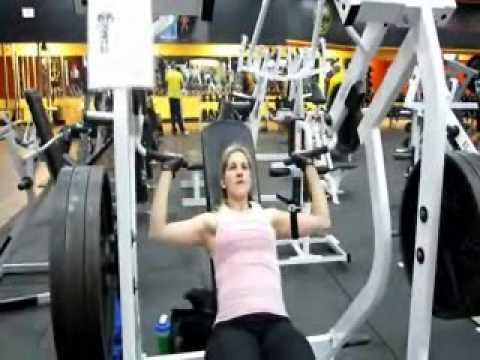 LeanMomXS.com's Katie Lobliner Trains Shoulders!