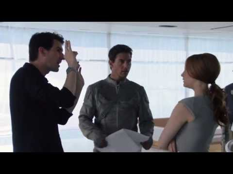 Oblivion -- On-Set Featurette: The Sky Tower -- Regal Movies [HD]