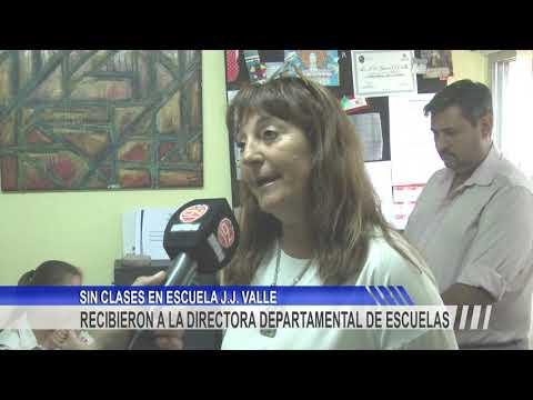 """""""No hay motivos para suspender las clases"""" dijo Di Lello en la Escuela N° 74 """"J. J. Valle""""."""